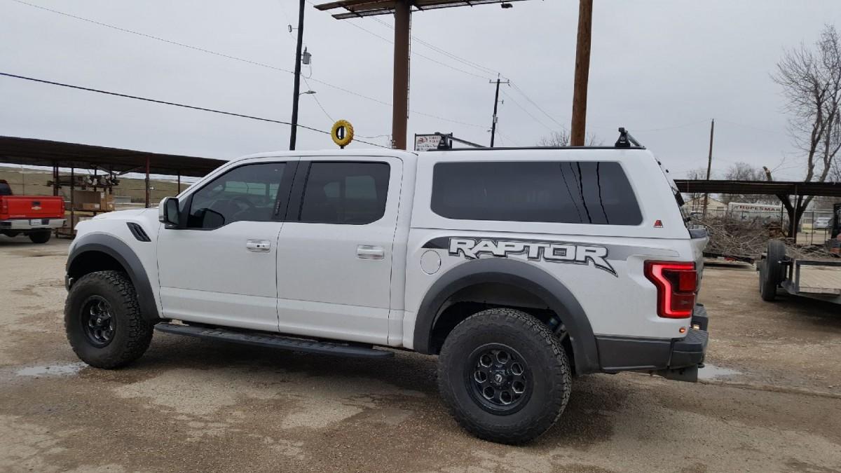 Ford Dealership San Antonio >> Leer Truck Caps, Camper Shells & Toppers for Sale in San Antonio TX   Jesse Uresti Camper Sales